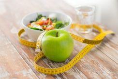 8 kasdieniai įpročiai, padėsiantys dietos rezultatais džiaugtis ilgiau