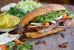 Kulinarinės kelionės: ko paragauti iš vietinių gatvės prekeivių?