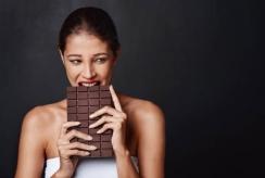 Kas sieja šokoladą ir mūsų nuotaiką?