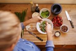 Augalinė mityba ir vegetarizmas - kaip nepasiklysti žaliosiose džiunglėse
